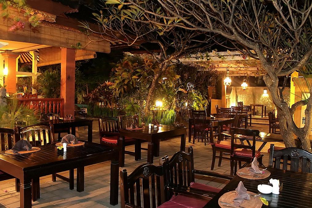Diwangkara Holiday Villa Beach Bali